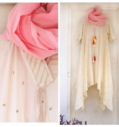 Same kurta in cream and pink dupatta - SeenIt