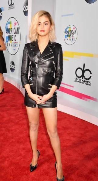 Selena Gomez black leather dress at the American Music Awards - SeenIt