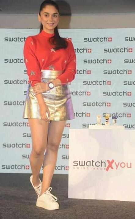 Aditi Rao Hyadri's entire look.. golden short skirt and red top , seenit ? - SeenIt