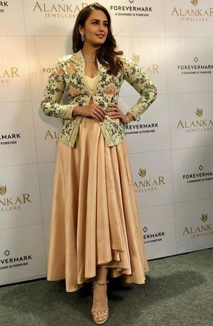 Yay or Nay? Huma Qureshi in an AM:PM outfit - SeenIt
