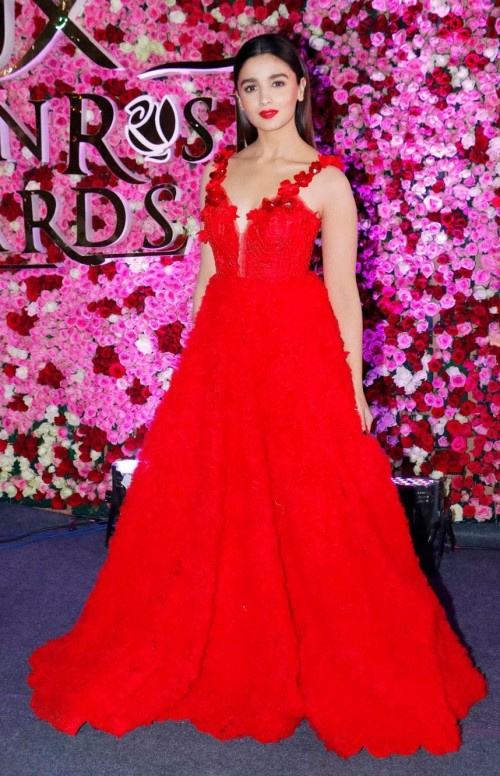 Yay or Nay? Alia Bhatt wearing a red ball gown at the Lux golden rose awards 2017 - SeenIt