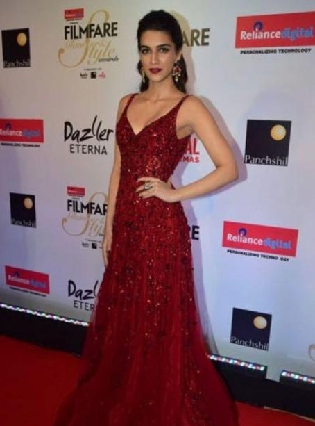 Kriti Sanon red embellished gown at the filmfare glamour and style awards - SeenIt