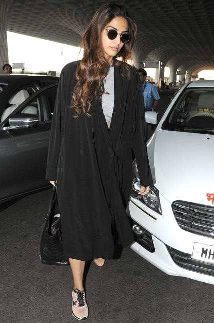 Sonam Kapoor black jacket at the mumbai airport - SeenIt