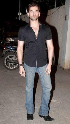 This black shirt and blue faded jeans that Neil Nitin Mukesh is wearing - SeenIt