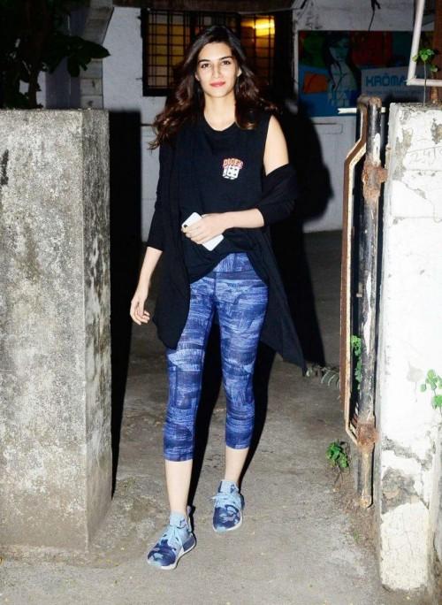Kriti Sanon in blue printed tights , black sleeveless tank top - SeenIt