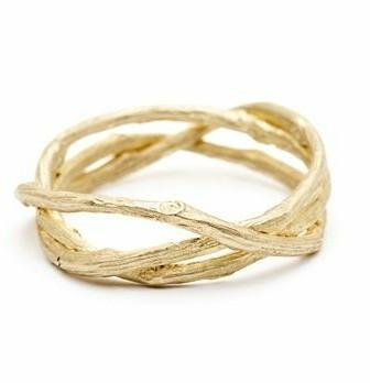 gold ring like this - SeenIt