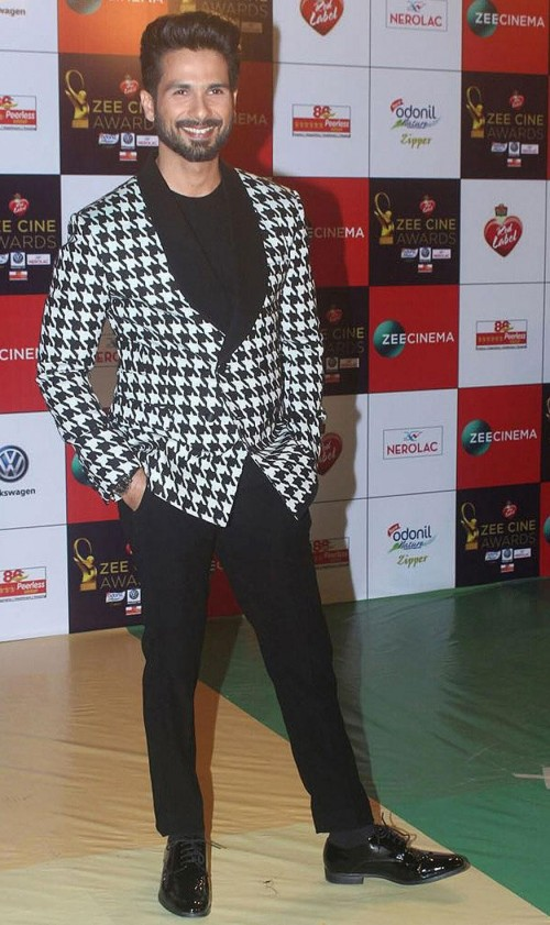 Yay or Nay? Shahid Kapoor wearing a houndstooth blazer and pants at the Zee cine awards red carpet - SeenIt
