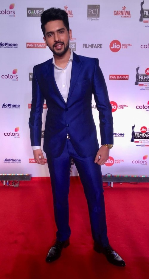 Yay or Nay? Armaan Malik in this blue suit at the red carpet of Filmfare 2018 - SeenIt