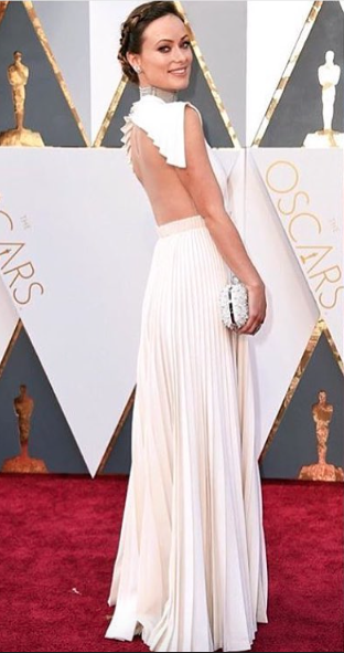 Olivia wilde's outfit was on point wearing Valentino Couture! And that hairstyle <3 - SeenIt
