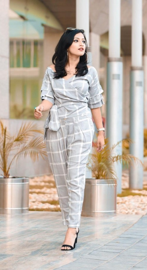 This grey plaid trousers set as seen in ispeakwhatyoulove - SeenIt