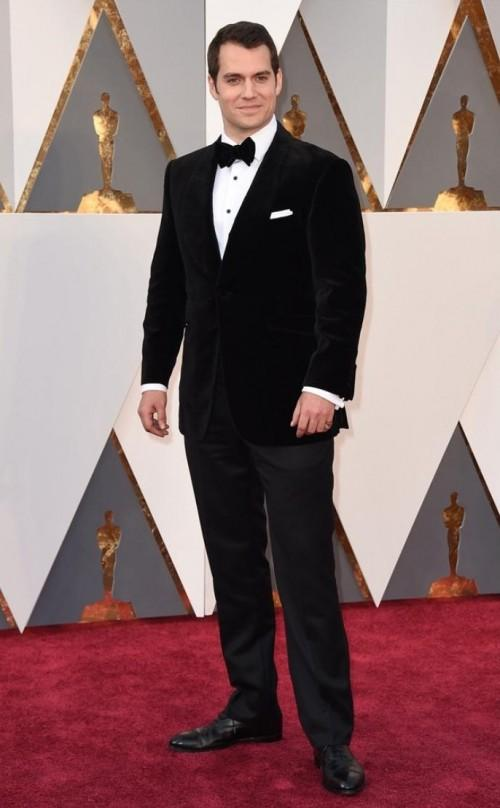 Superman Henry Cavill is off duty because he had to attend the Oscars. LOL :D - SeenIt