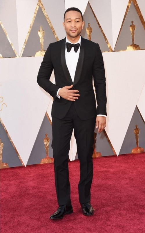 John Legend wearing Paul Smith looks jaw droppingly handsome. - SeenIt