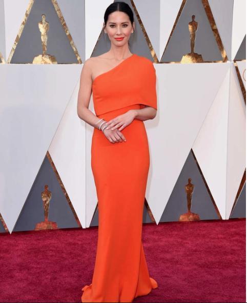 Olivia Munn in a Stella McCartney one shoulder gown - SeenIt