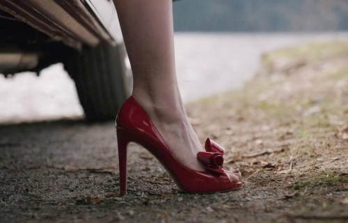 I'm looking for similar red pumps - SeenIt