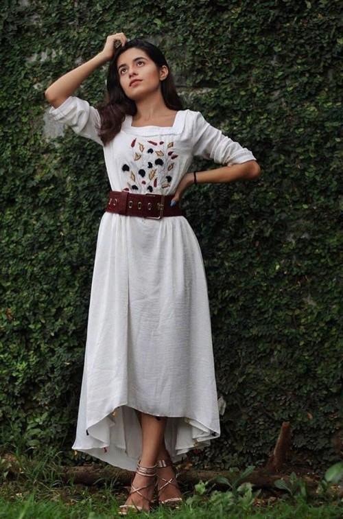 Similar wgite midi dress - SeenIt