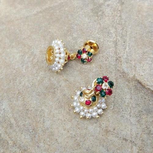 want these earrings - SeenIt