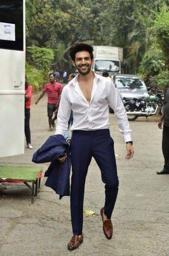 blue pant white shirt