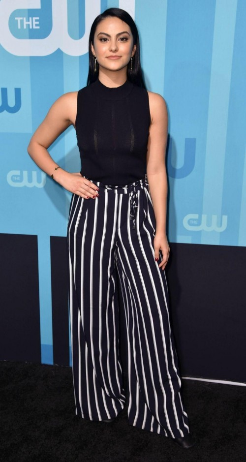 Latest camilamendes looks and outfits online