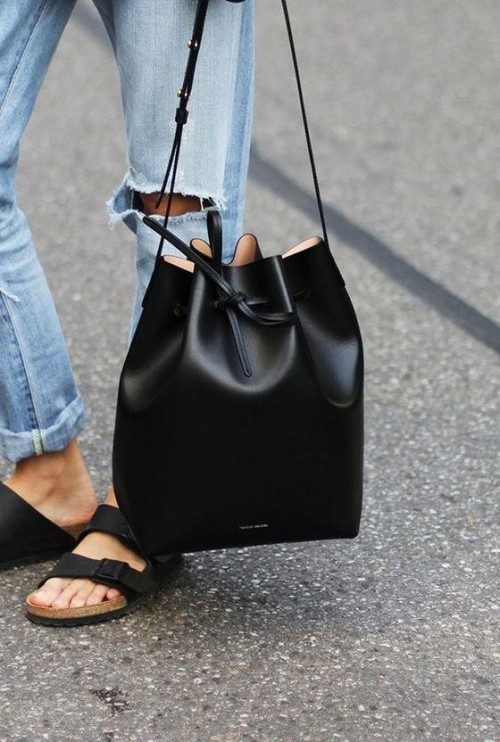 Want this black bucket bag - SeenIt