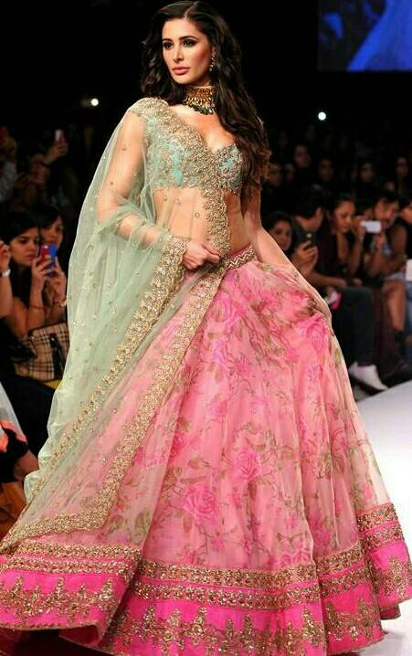 iam looking for same lehnga green and pink - SeenIt