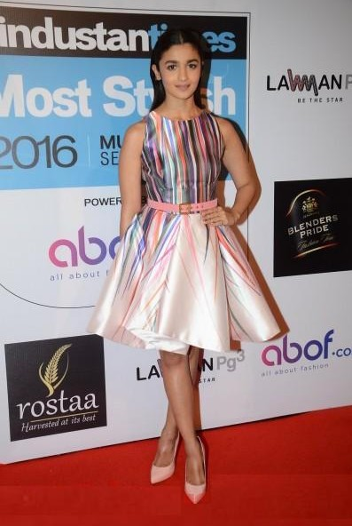 Alia's outfit at the HT Style Awards 2016! Yay or Nay? - SeenIt