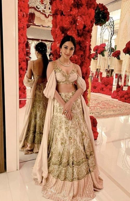 Image result for kiara advani in isha ambani wedding