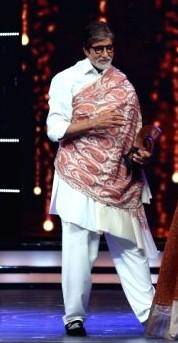 Mr. Bachchan is undoubtedly a pro when it comes to styling. Yay or nay ? - SeenIt