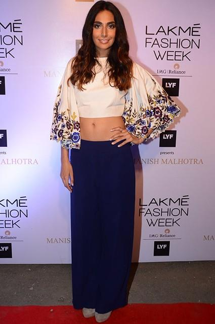 Monica looked smashing in the embroidered crop top. Yay or Nay? - SeenIt
