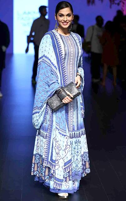 Isha looked lovely in the blue Anita Dongre outfit. What say you? - SeenIt