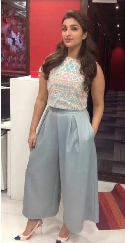 on which site I can buy this type of outfit which Parineeti Chopra is wearing - SeenIt