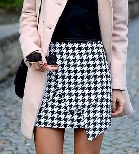 looking for this houndstooth print skirt - SeenIt