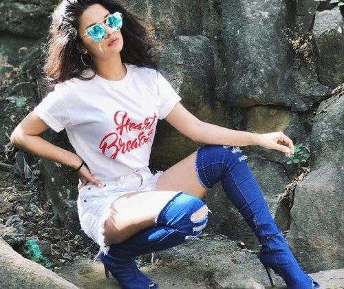 looking for same outfit, shoes and sunglasses which Avneet Kaur is wearing a - SeenIt