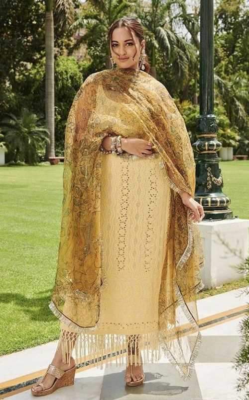 Yayor Nay? Sonakshi Sinha wearing a lime yellow chikankari outfit with organza dupatta at the promotions of Kalank - SeenIt