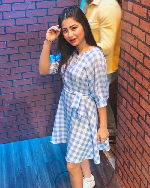 I'm looking for a similar dress which Aditi Bhatia is wearing .  From where I can get this dress? - SeenIt