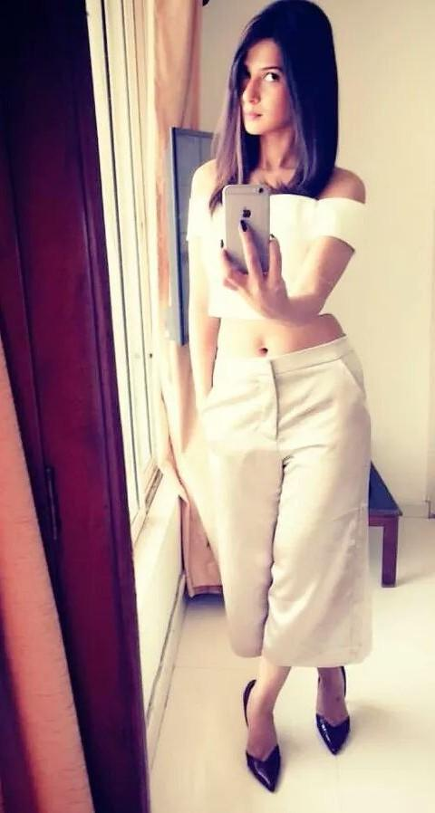 looking for the same outfit which Jennifer Winget is wearing - SeenIt