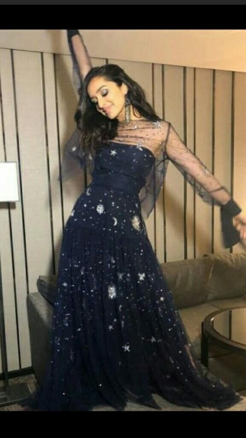 73f08150564f I want this same dress and net shrug which Shraddha Kapoor is wearing -  SeenIt