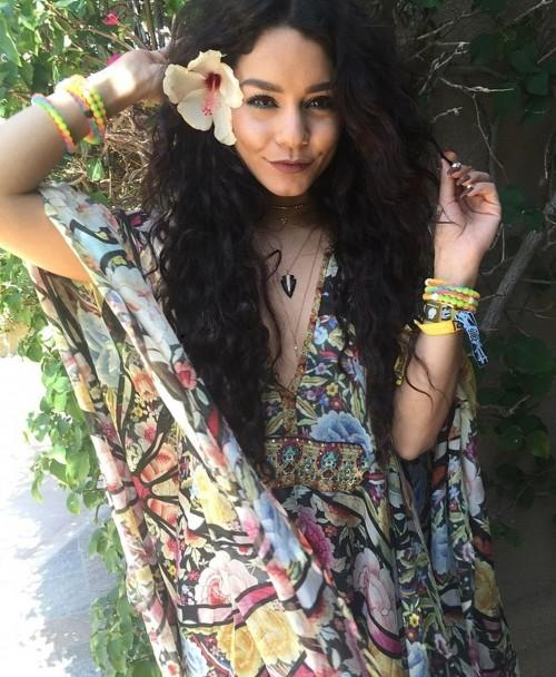 Vanessa's outfit at Coachella 2016. Yay or Nay? - SeenIt