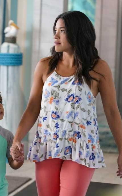 Help me find those red shade skinny jeans please which Jane is wearing in the tv show Jane the virgin  - SeenIt