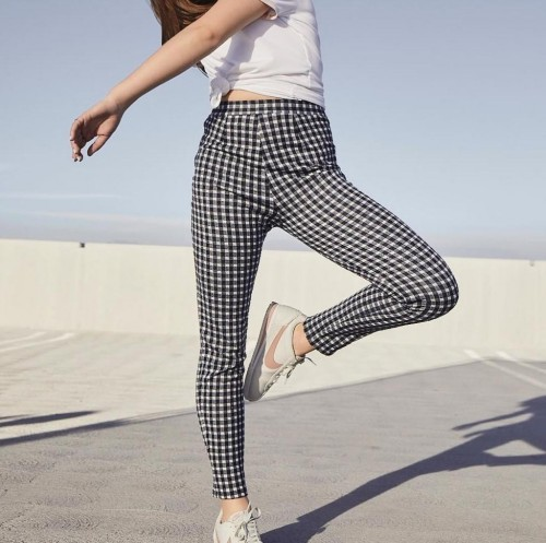 I'm looking for some pants like this! - SeenIt