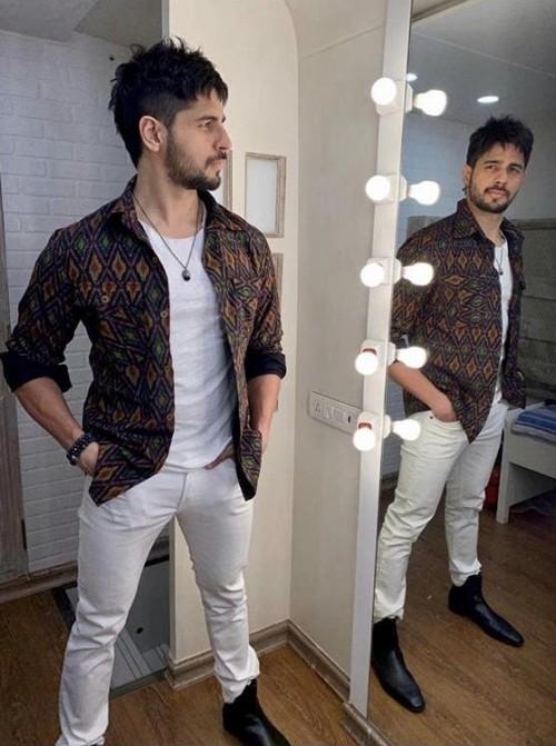 Yay or Nay? Siddharth Malhotra wearing a custom Ikat story jacket at the promotions of Jabariy - SeenIt
