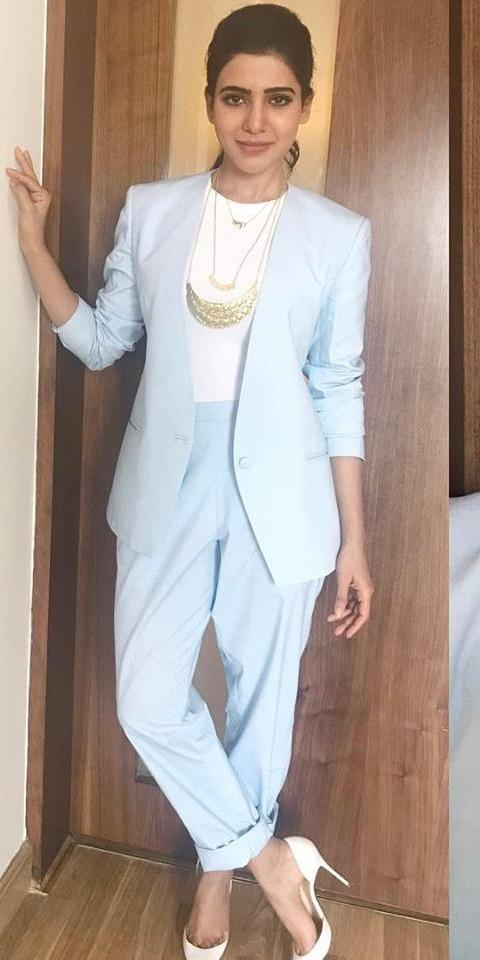 I am looking same this dress wearing Samantha Akkineni - SeenIt