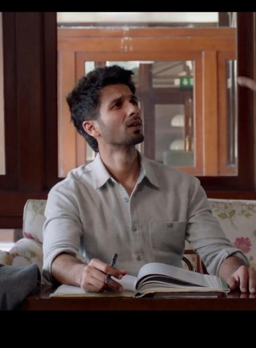 i'm looking for the exact same colour shirt in same material which shahid kapoor is wearing - SeenIt