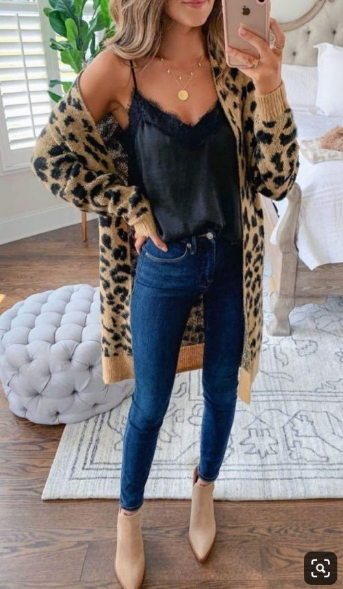I'm looking for a similar outfit but more affortable. - SeenIt