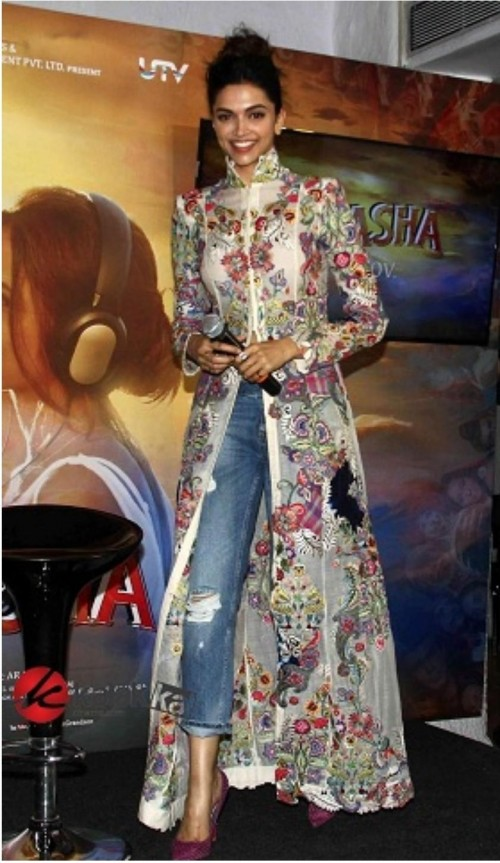 looking for this high-slit kurti that Deepika is wearing - SeenIt