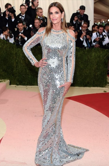 Cindy Crawford looked flawless at the Met ball joining the #BalmainArmy wearing Balmain. - SeenIt