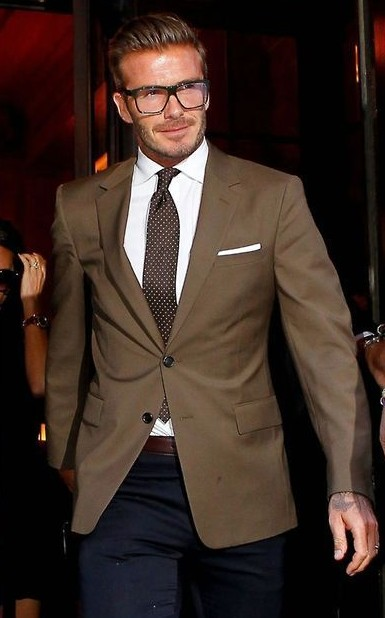 need a similar single breasted blazer like david beckham is wearing - SeenIt