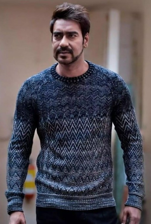 I am looking for same sweater - SeenIt