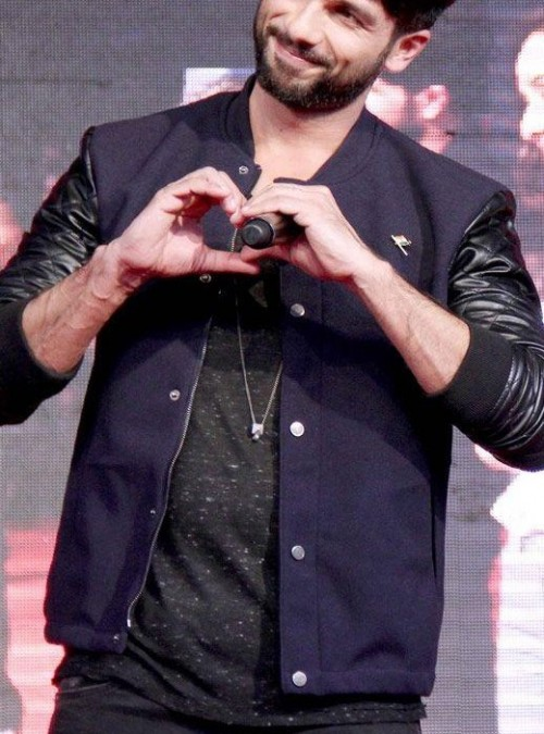 I'm looking for similar jacket that is wear shahid kapoor in Haider movie parmotion - SeenIt