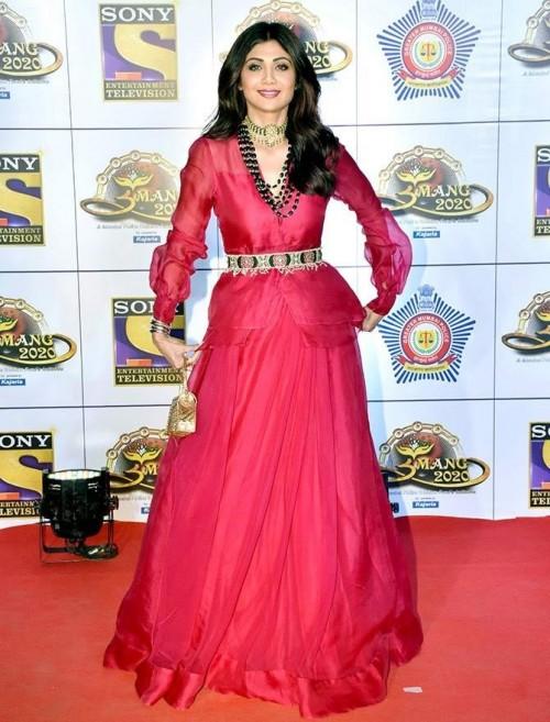 Yay or nay? Shilpa Shetty  attends the Umang awards 2020 held in Mumbai last night - SeenIt