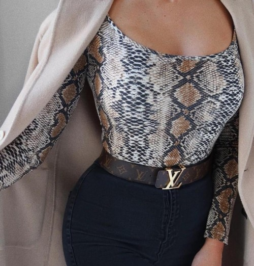 I'm looking for a snake printed top like this. - SeenIt
